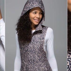 Lululemon leopard print vest size 6